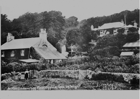 Victorian photograph of Rock Cottage with 2 children by the gate