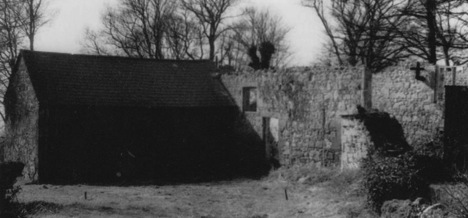 Photo showing the old stables at Rock Cottage