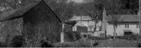 Photo showing the ruined stables at Rock Cottage